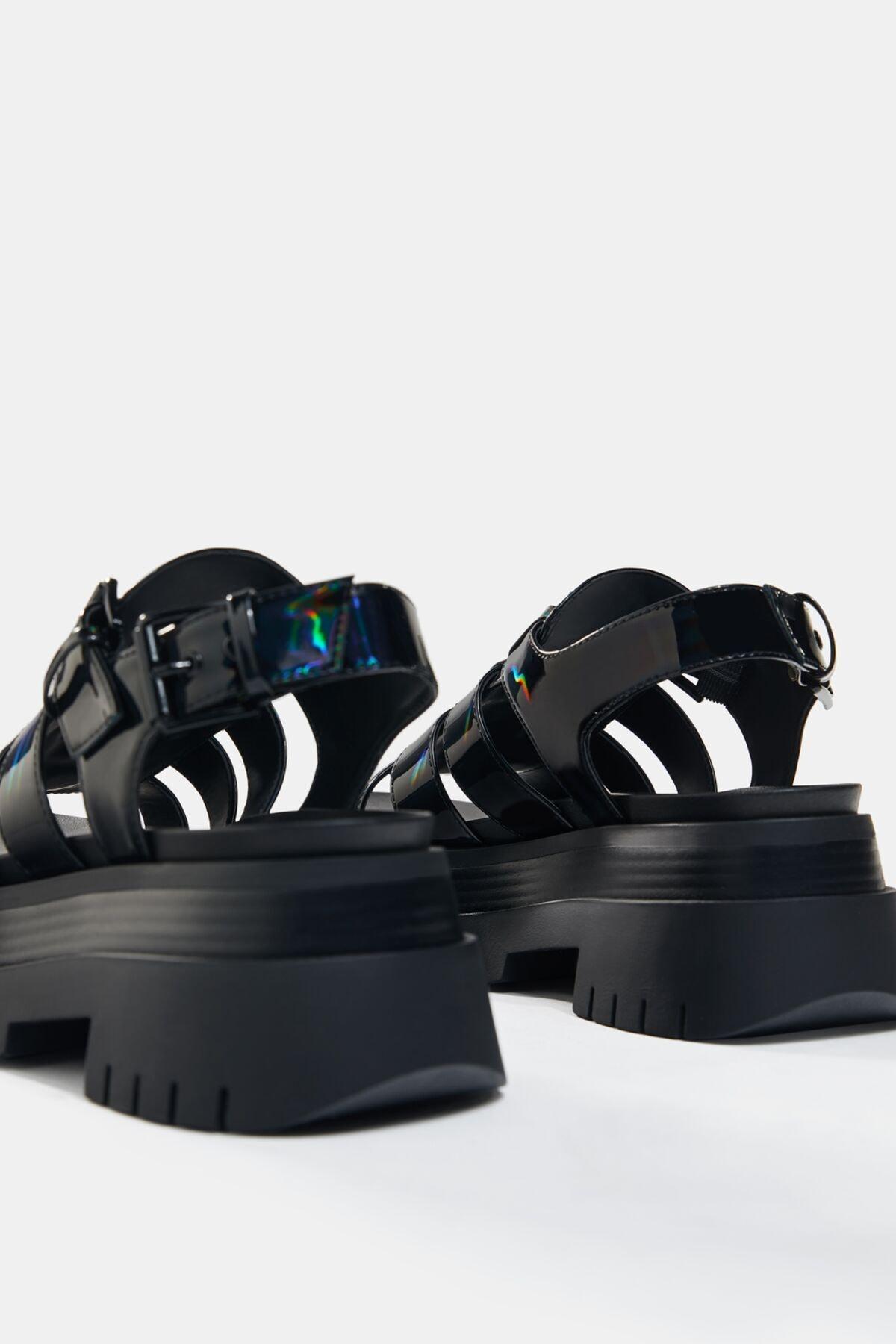 Bershka Kadın Siyah Yanardöner Platform Bantlı Sandalet 3