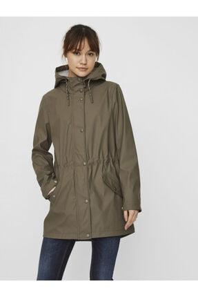 Vero Moda Kadın Haki Kapüşonlu Belden Büzülebilir Yağmurluk Mont 10244841 1