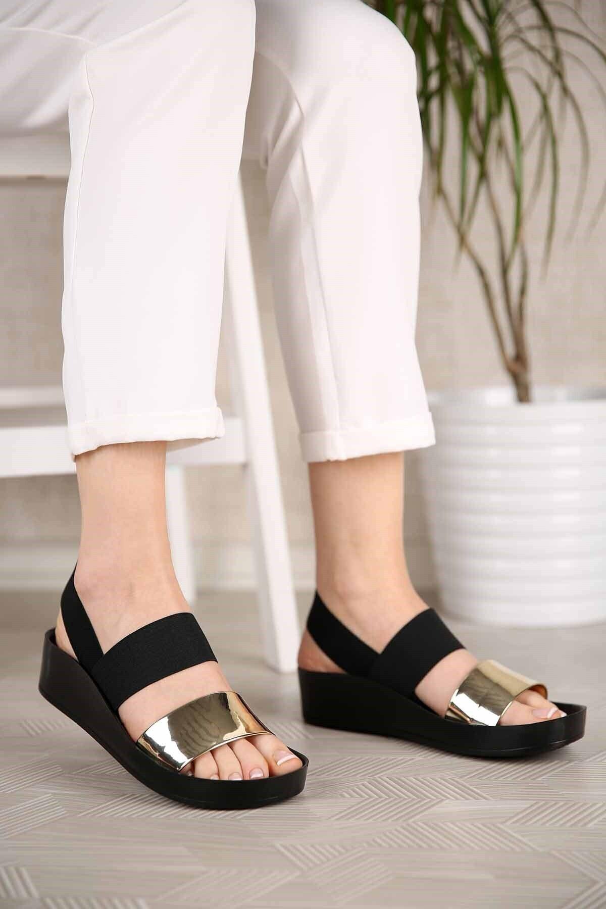 Kadın Altın Ayna Lastikli Sandalet