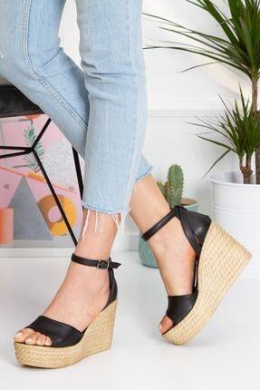 derithy Kadın Siyah Vinle Dolgu Topuklu Ayakkabı lzt0590 1