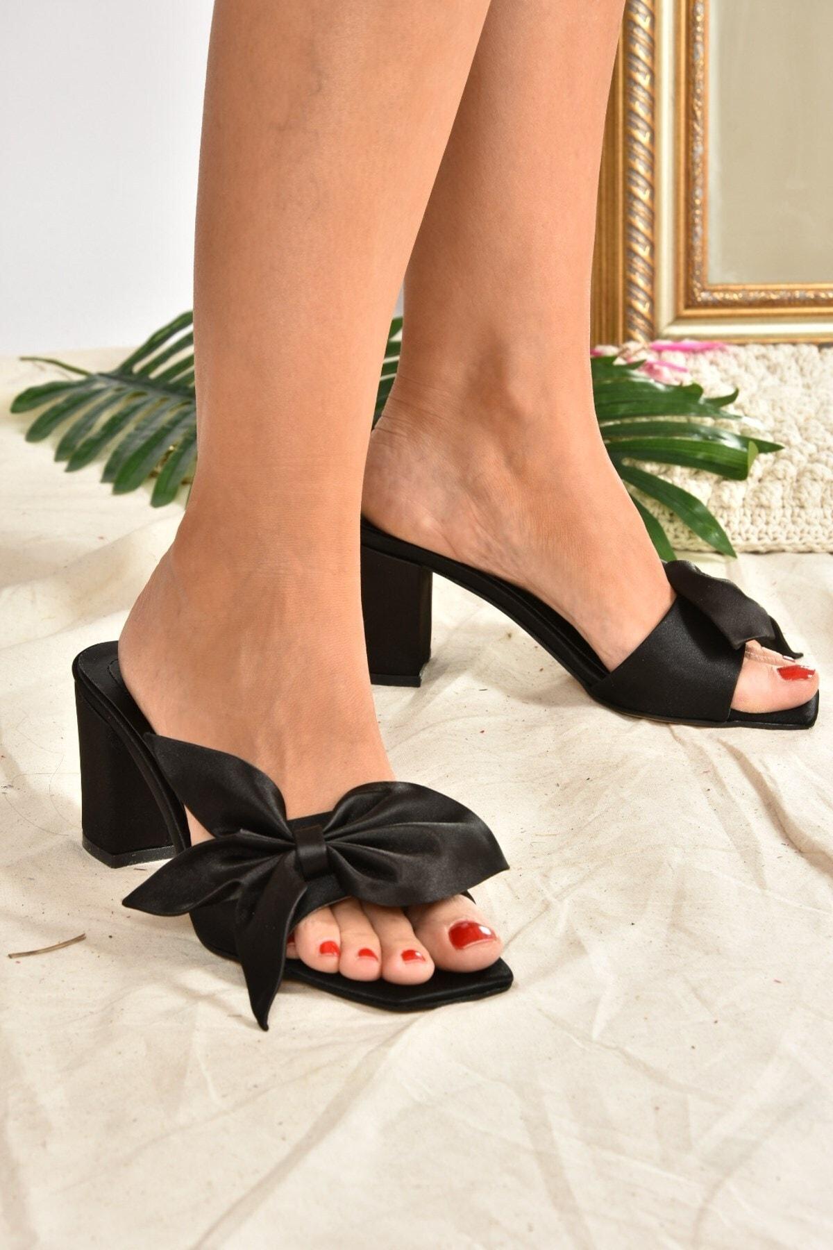 Kadın Siyah Kumaş Kurdela Detaylı Topuklu Terlik H643261104