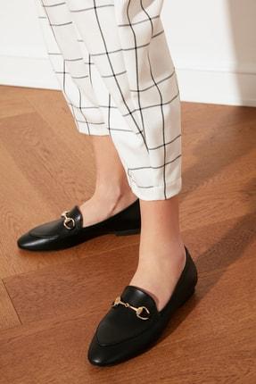 TRENDYOLMİLLA Siyah Altın Tokalı Kadın Klasik Ayakkabı TAKSS21KA0001 0
