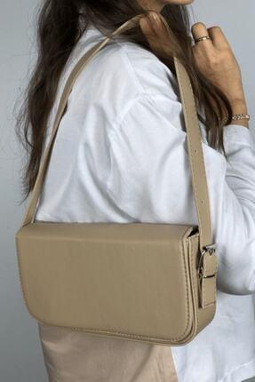 LinaConcept Kadın Vizon Kapaklı Baget Çanta 2