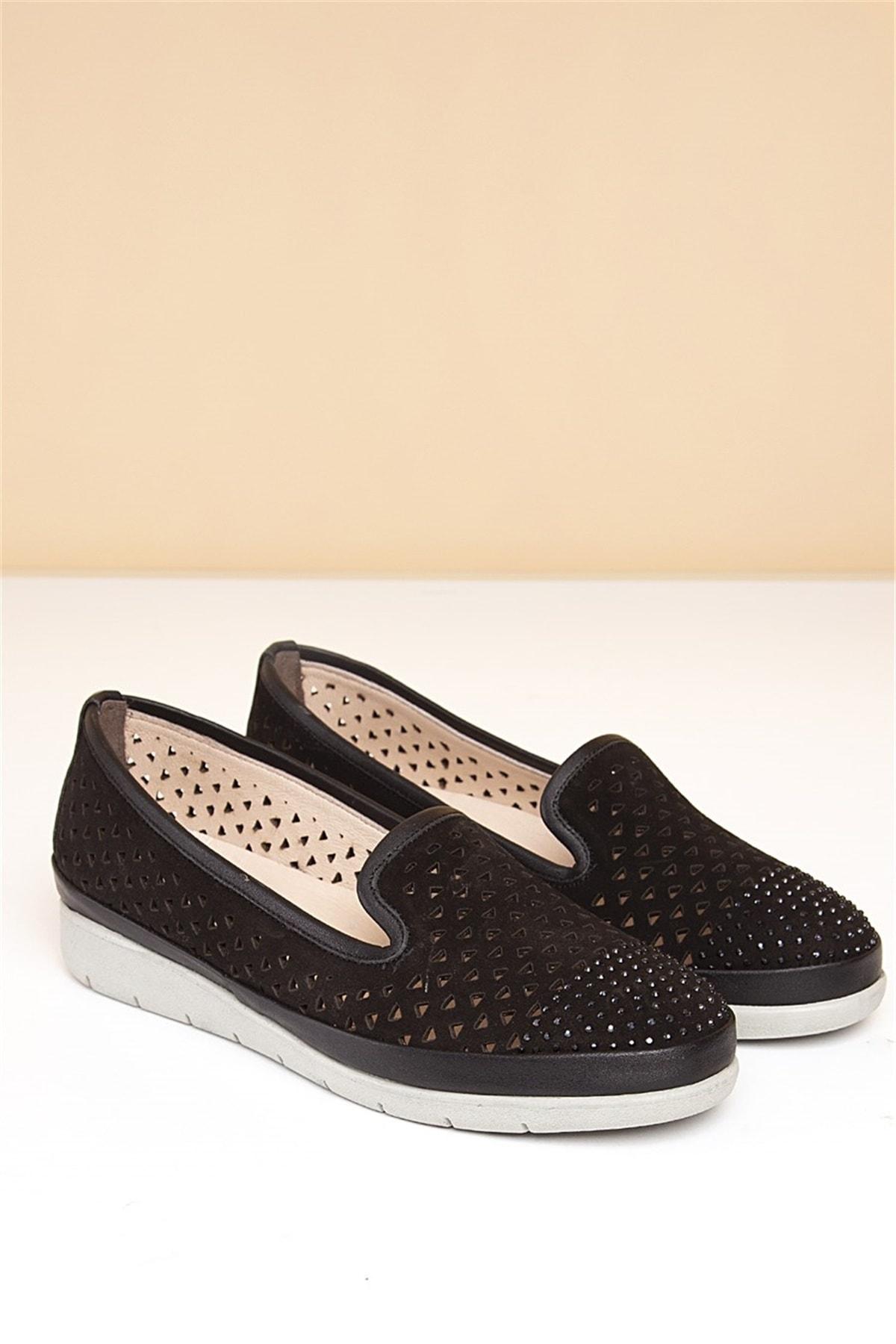 Pierre Cardin 01-Siyah Kadın Klasik Ayakkabı