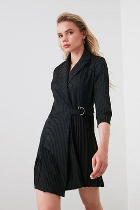 TRENDYOLMİLLA Siyah Çizgili Elbise TWOAW20EL1517 3