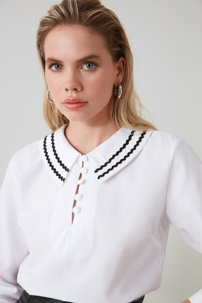 TRENDYOLMİLLA Beyaz Yaka Detaylı Bluz TWOSS20BZ0036 2