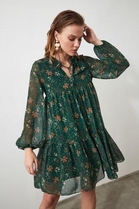 TRENDYOLMİLLA Yeşil Çiçek Desenli Bağlama Detaylı Elbise TWOAW20EL1778 0