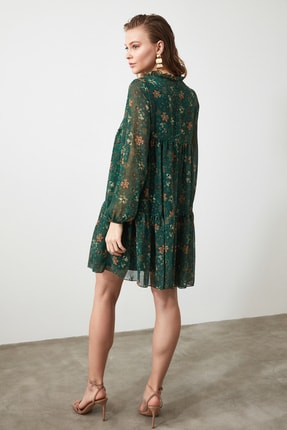 TRENDYOLMİLLA Yeşil Çiçek Desenli Bağlama Detaylı Elbise TWOAW20EL1778 3