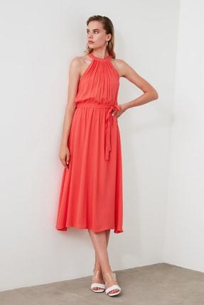 TRENDYOLMİLLA Kırmızı Kuşaklı Elbise TWOSS19EL0155 2