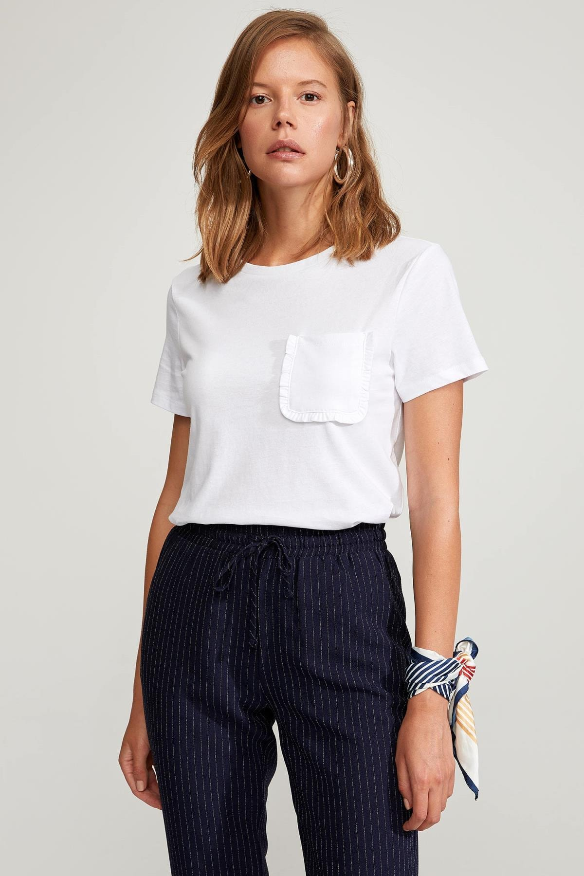 Kadın Beyaz Regular Fit Basic Kısa Kollu Tişört S5089AZ20HSWT
