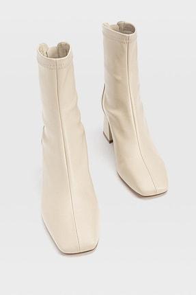 Stradivarius Kadın Ekru Streç Bilekli Orta Boy Topuklu Bot 19902670 3