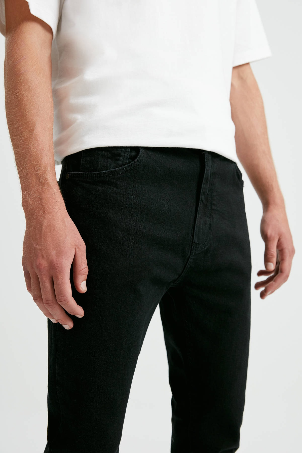 Pull & Bear Erkek Siyah Siyah Carrot Fit Jean 09683509 4