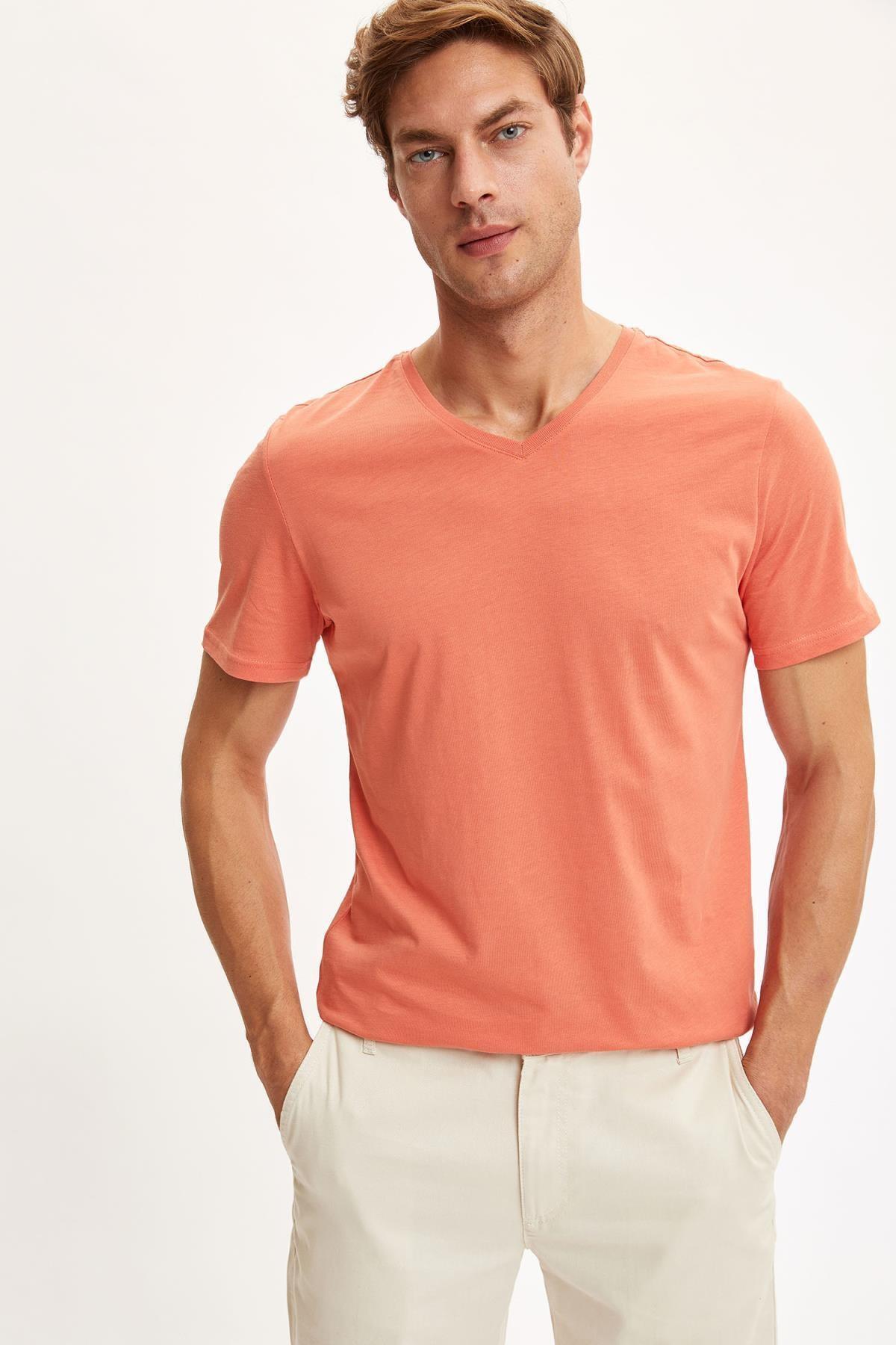 Slim Fit V Yaka Basic Tişört