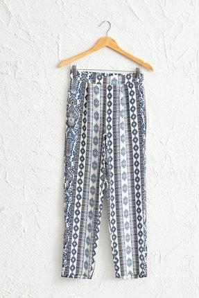 LC Waikiki Kadın Ekru Baskılı Pantolon 0S1637Z8 0