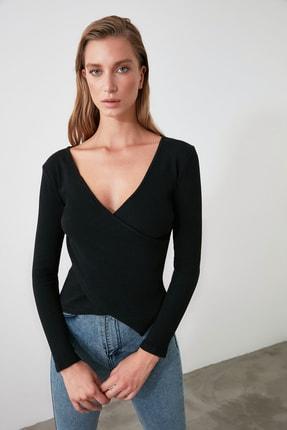 TRENDYOLMİLLA Siyah Kruvaze Örme Bluz TWOAW21BZ1274 3