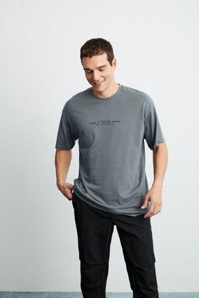GRIMELANGE FRANK Erkek Gri Önü Baskılı Kısa Kollu Oversize Bisiklet Yaka T-Shirt 3