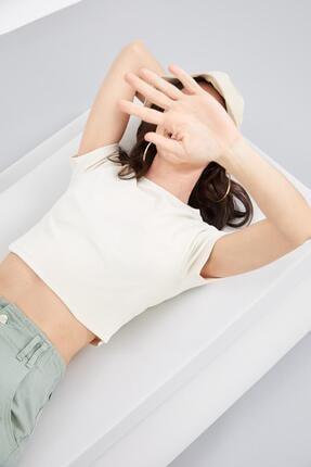 Defacto Coool Basic Slim Fit Kısa Kollu Crop Tişört 4