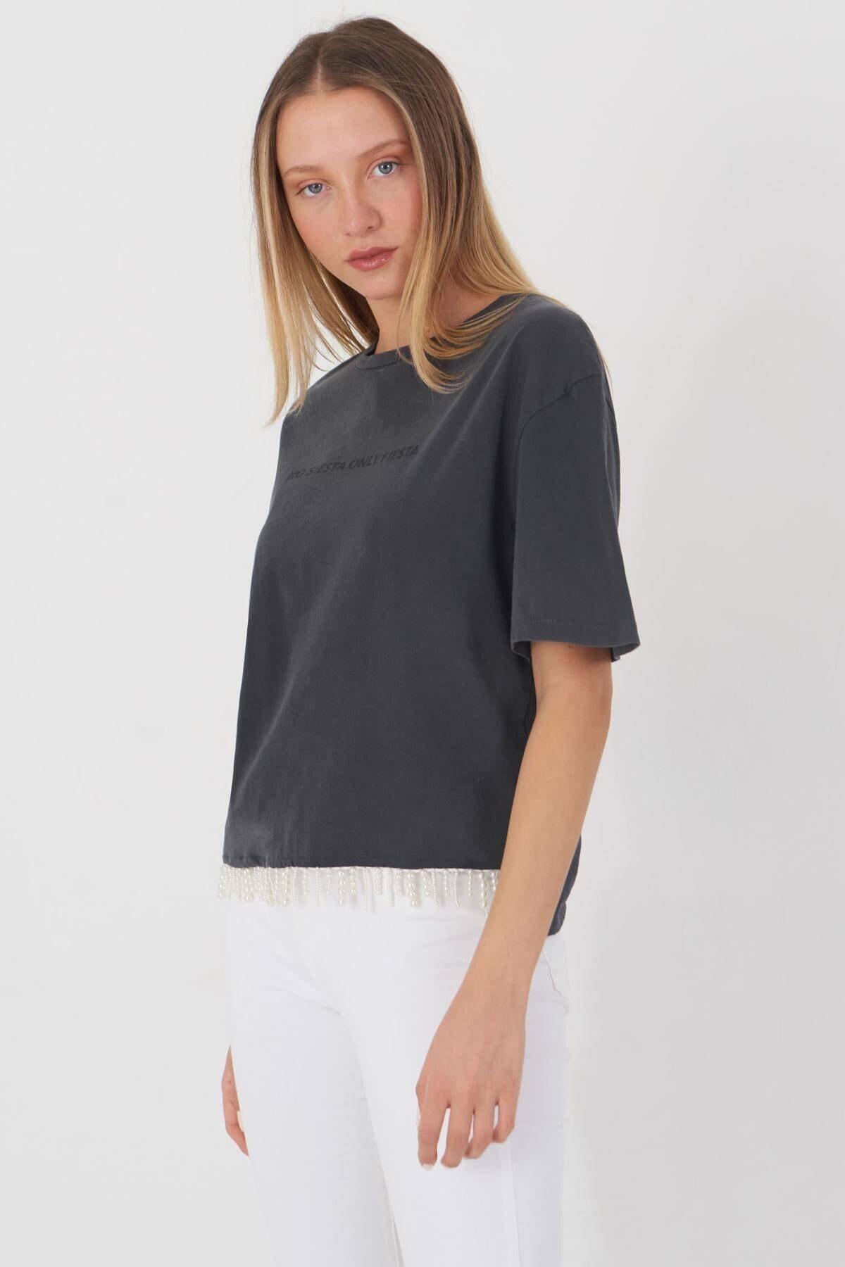 Addax Kadın Füme Boncuk Detaylı Tişört P12236 - T10 Adx-0000023903 1