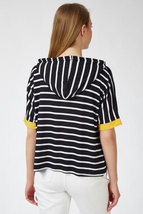 Happiness İst. Kadın Siyah Sarı Kapüşonlu Çizgili Viskon T-shirt ZV00091 3