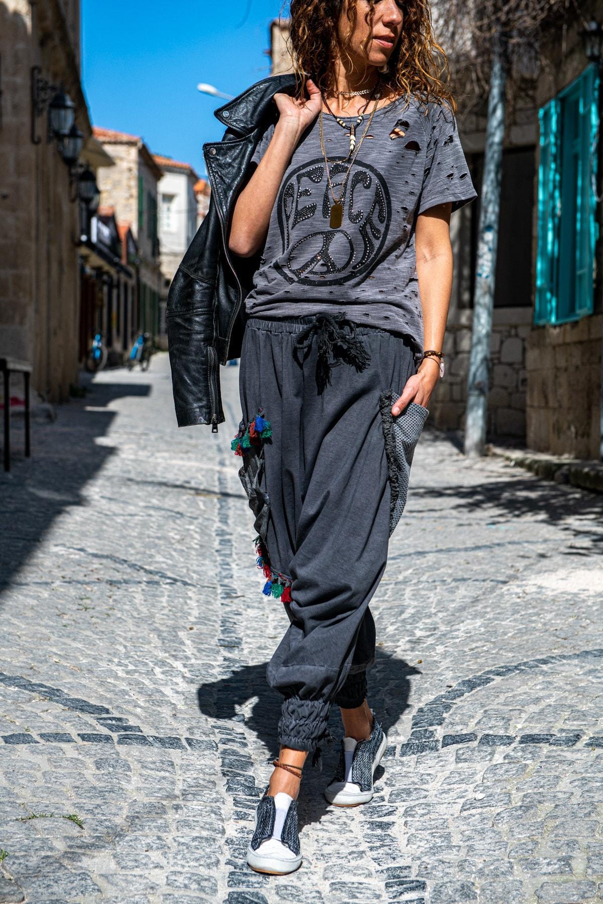 Güneşkızı Kadın Antrasit Yıkamalı Paçası Bağlamalı Püsküllü Salaş Şalvar Pantolon GK-RSD2032 2