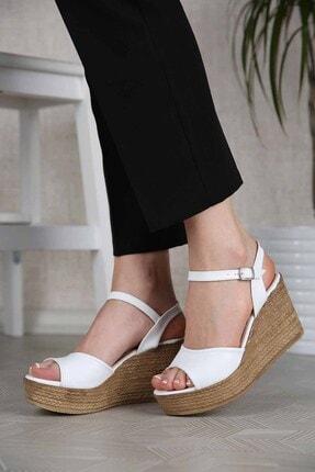 Ccway Kadın Beyaz Tek Bantlı Dolgu Topuklu Sandalet 1