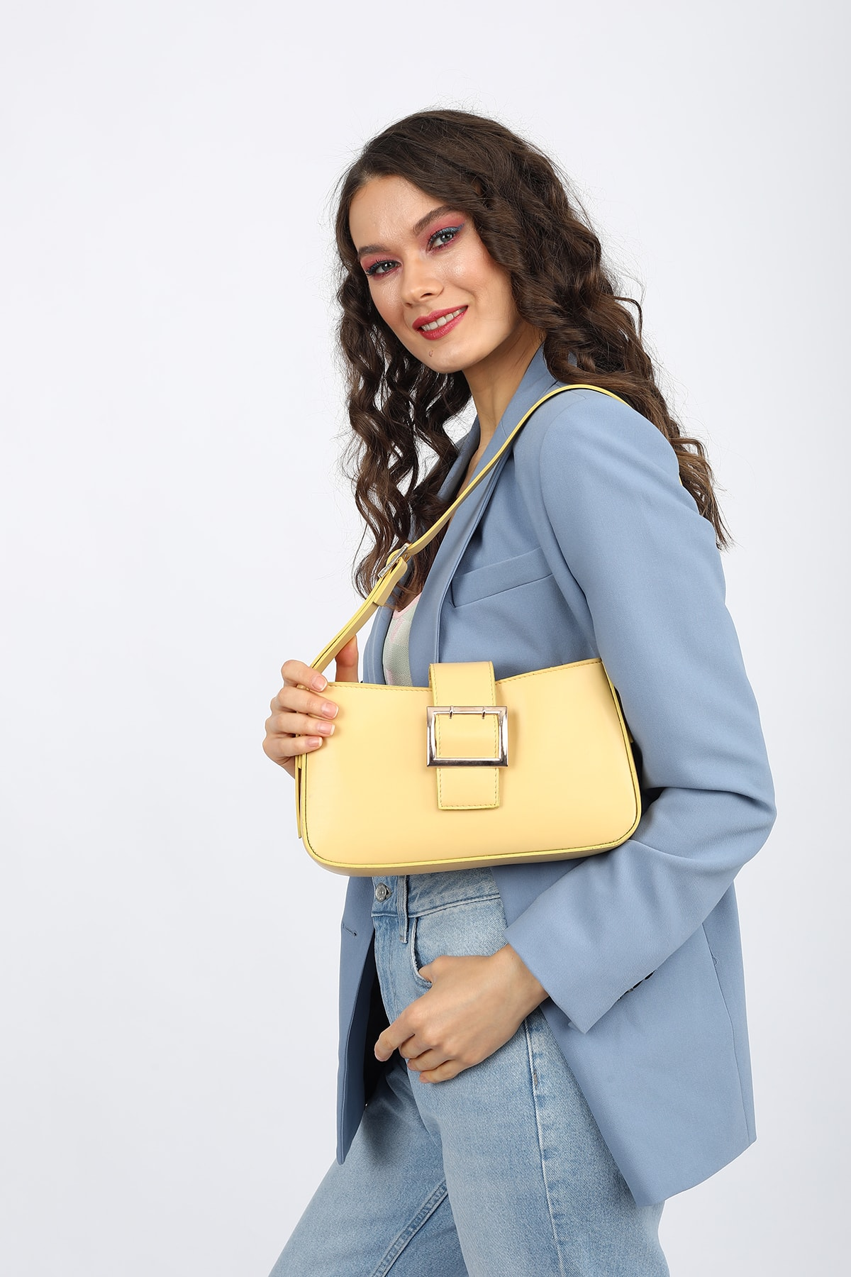 Madamra Aynı Butikte 2. Ürün 1 TL Sarı Kadın Kemerli Baguette Omuz Çantası 0