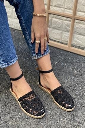 İnan Ayakkabı DANTEL DETAYLI TOKALI SANDALET 0