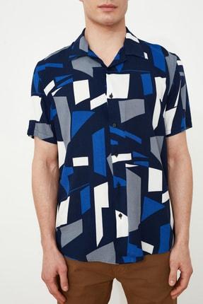 TRENDYOL MAN Siyah Erkek Regular Fit Apaş Yaka Geometrik Gömlek TMNSS21GO0488 2