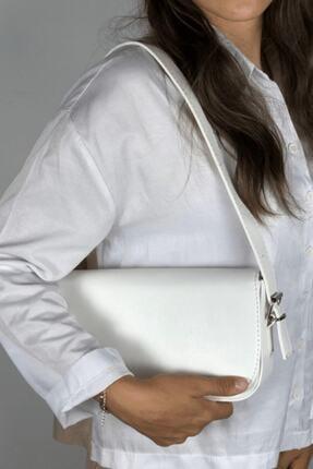 LinaConcept Kadın Beyaz Kapaklı Baget Çanta 3