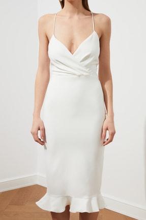 TRENDYOLMİLLA Ekru Sırt Detaylı Elbise TPRSS19BB0043 3