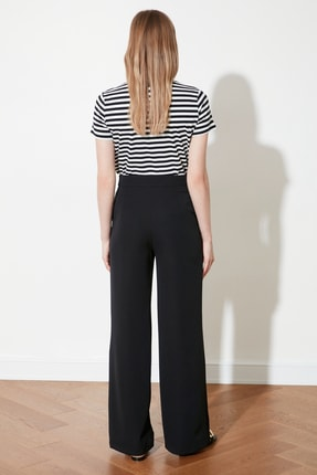 TRENDYOLMİLLA Siyah Dökümlü Geniş Paçalı  Pantolon TWOAW21PL0332 4