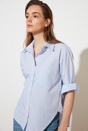 TRENDYOLMİLLA Açık Mavi Çizgili Boyfriend Gömlek TWOAW20GO0115 1