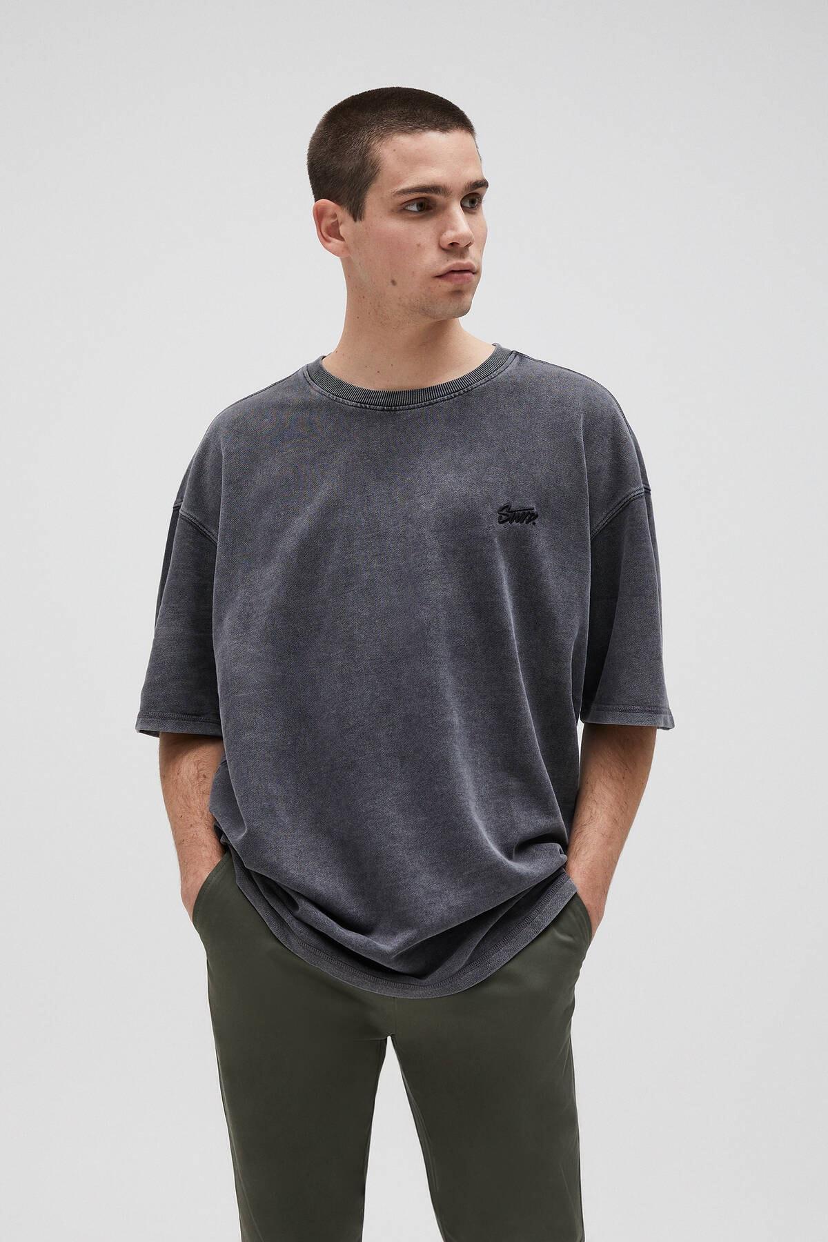 Pull & Bear Erkek Siyah Penye Stwd İşlemeli T-Shirt 04591520 0