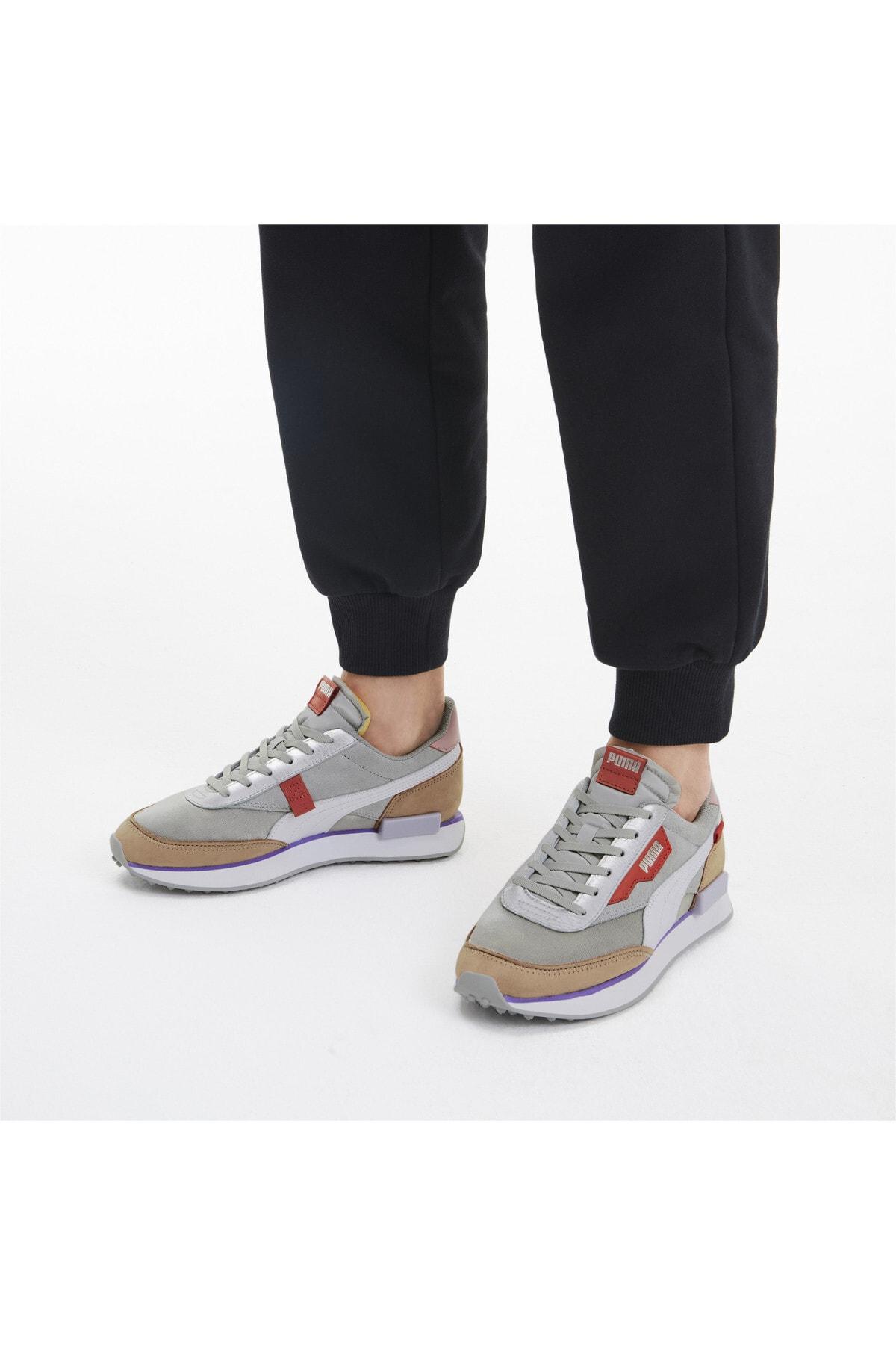 Puma FUTURE RIDER Royale Kadın Ayakkabı 1