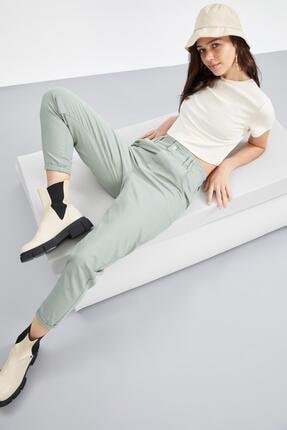 Defacto Coool Basic Slim Fit Kısa Kollu Crop Tişört 1