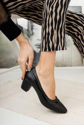 MKN Kadın  Siyah Çizgili Rahat Taban Kalın Topuklu Ayakkabı 1