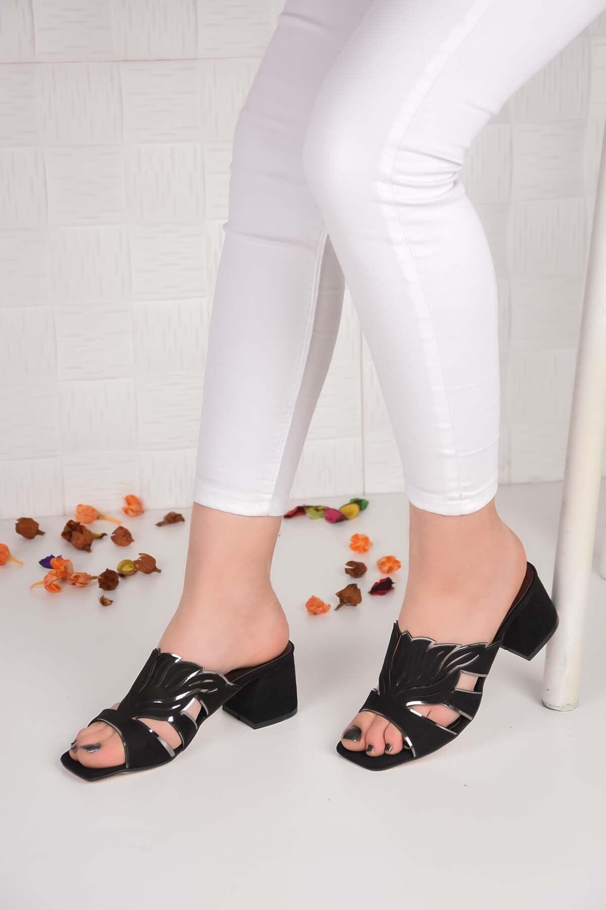 Kadın Siyah  Koyu Çiçekli Taşlı Sandalet Terlik Ba20466