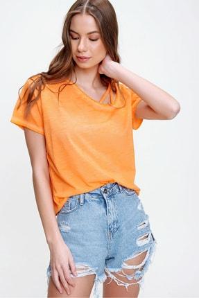 Trend Alaçatı Stili Kadın Turuncu Askı Detaylı Yıkamalı T-Shirt MDA-1124 2