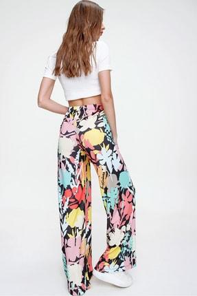 Trend Alaçatı Stili Kadın Multi Desenli Rahat Kesim Pantolon ALC-X6016 4