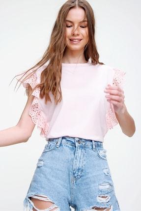 Trend Alaçatı Stili Kadın Pudra Güpür Kollu Vatkalı Bluz ALC-X5939 1