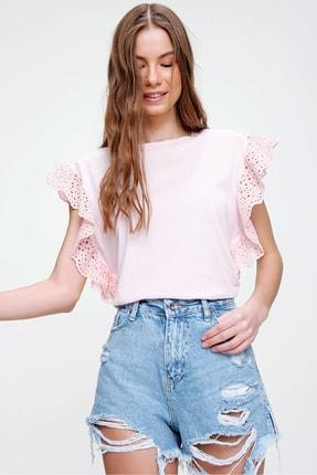 Trend Alaçatı Stili Kadın Pudra Güpür Kollu Vatkalı Bluz ALC-X5939 2