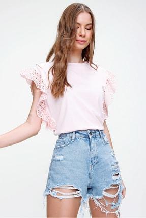 Trend Alaçatı Stili Kadın Pudra Güpür Kollu Vatkalı Bluz ALC-X5939 3