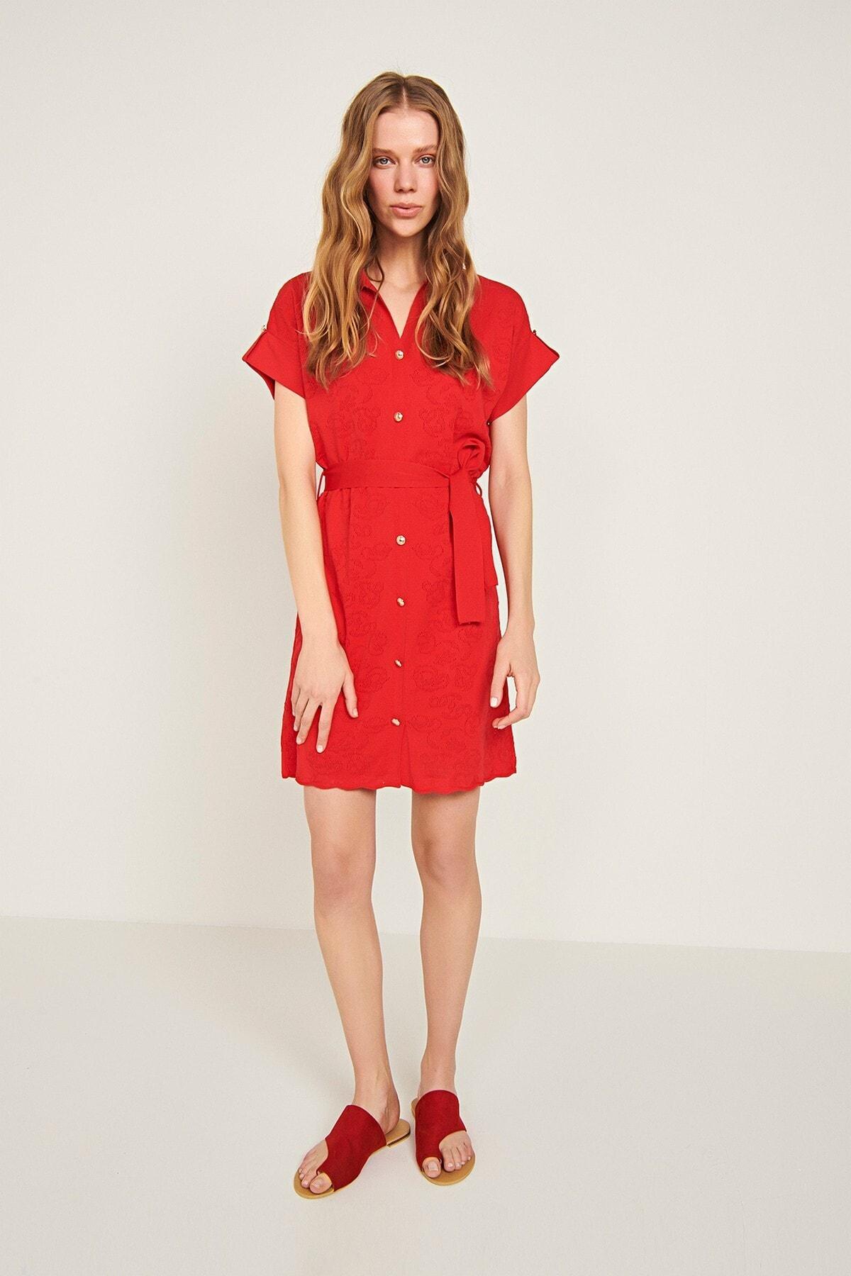 Çiçekli Beli Kemerli Triko Elbise-mercan
