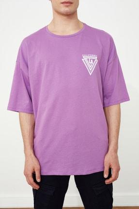 TRENDYOL MAN Mor Erkek Baskılı Oversize Kısa Kollu T-Shirt TMNSS20TS1102 3