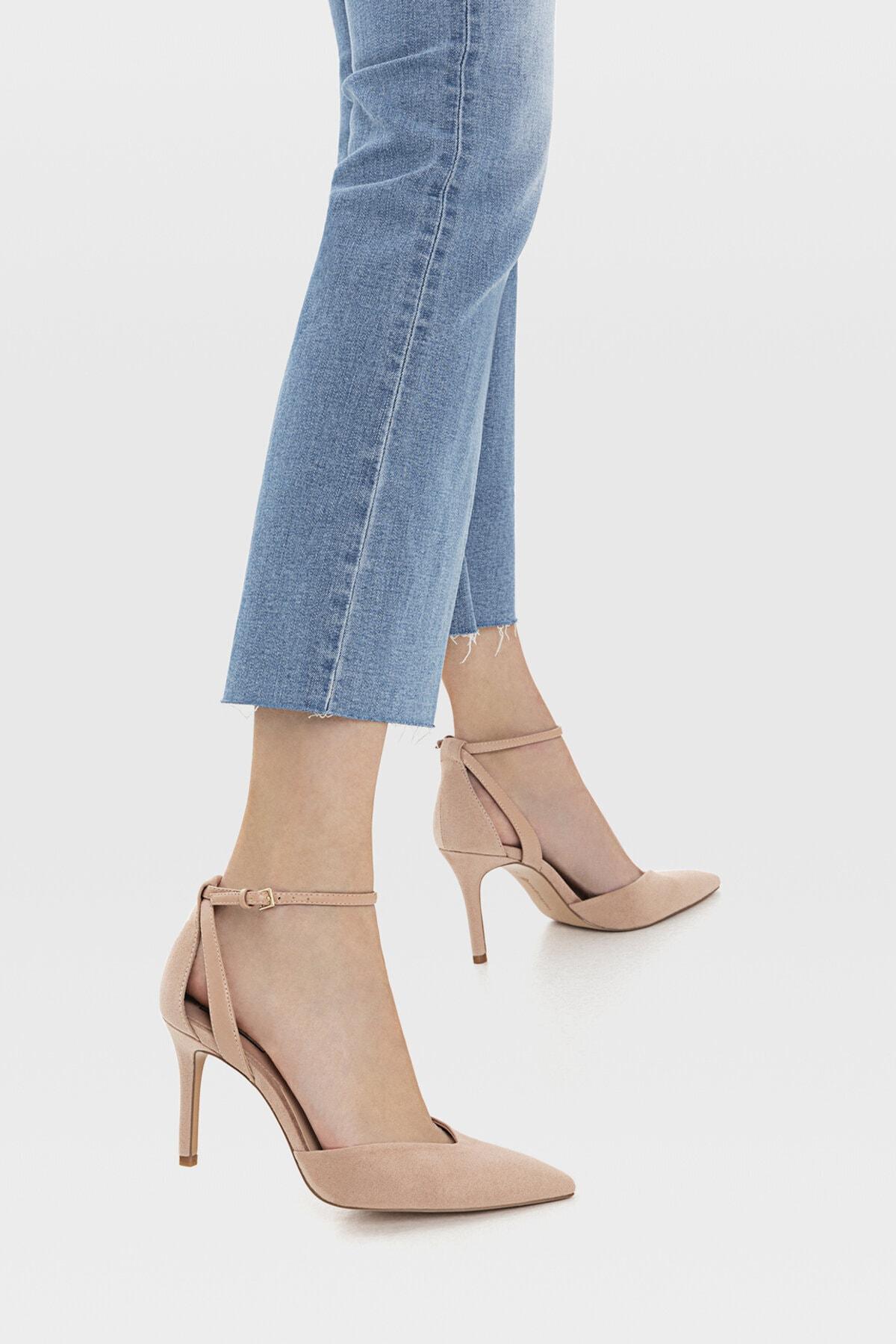 Stradivarius Kadın Pudra Bilekten Bantlı Yüksek Topuklu Ayakkabı 19153770 4