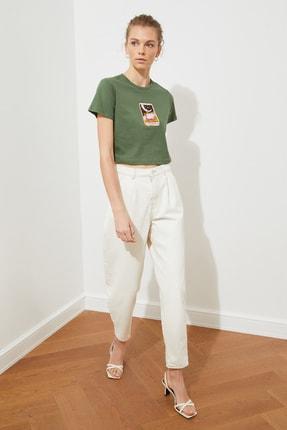TRENDYOLMİLLA Haki Baskılı Crop Örme T-Shirt TWOSS21TS1137 1