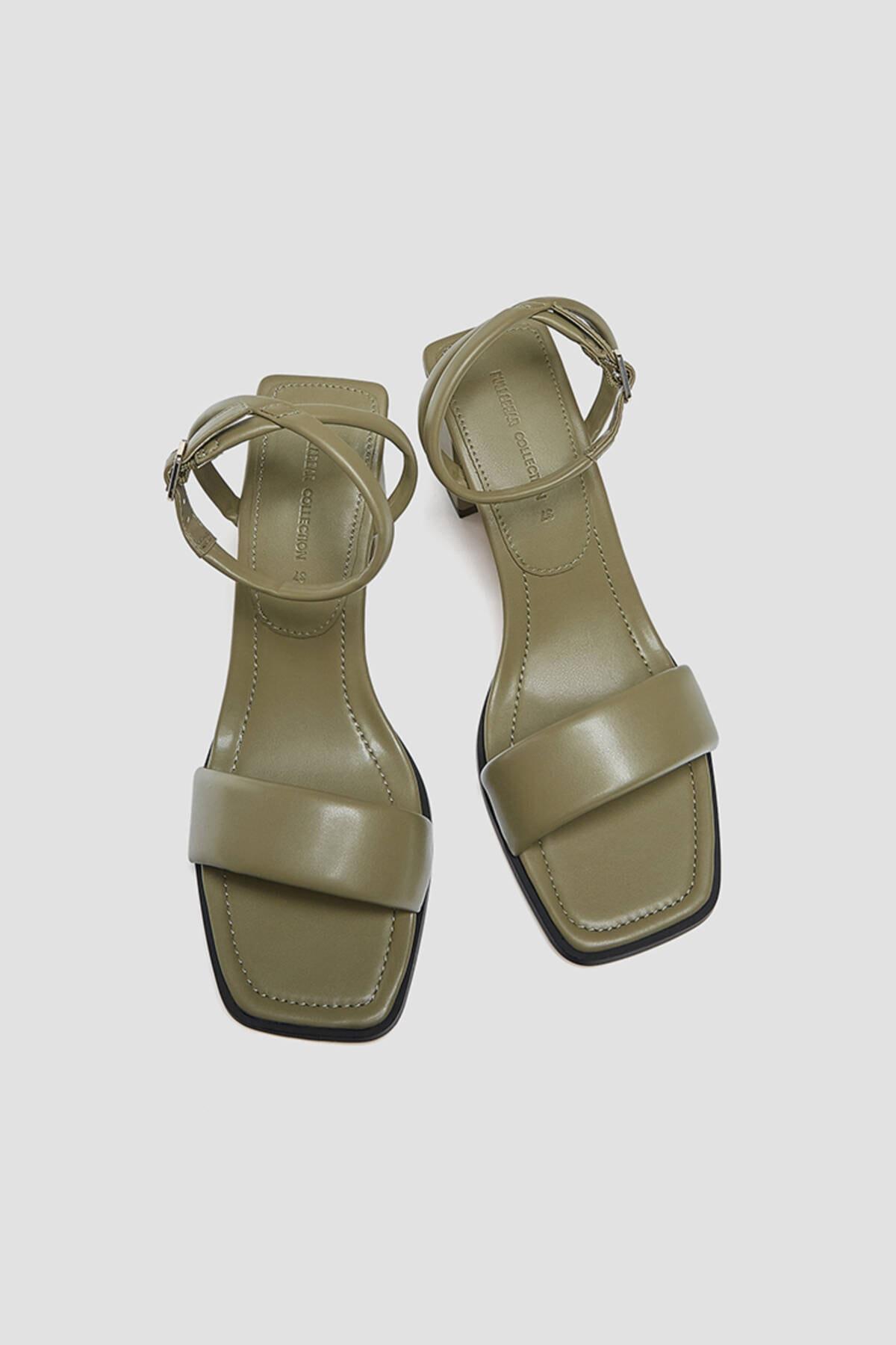 Pull & Bear Kadın Haki Dolgulu Bantlı Topuklu Sandalet 2