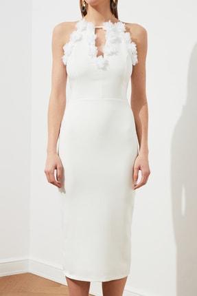 TRENDYOLMİLLA Ekru Aplike Detaylı Elbise TPRSS20EL2715 2