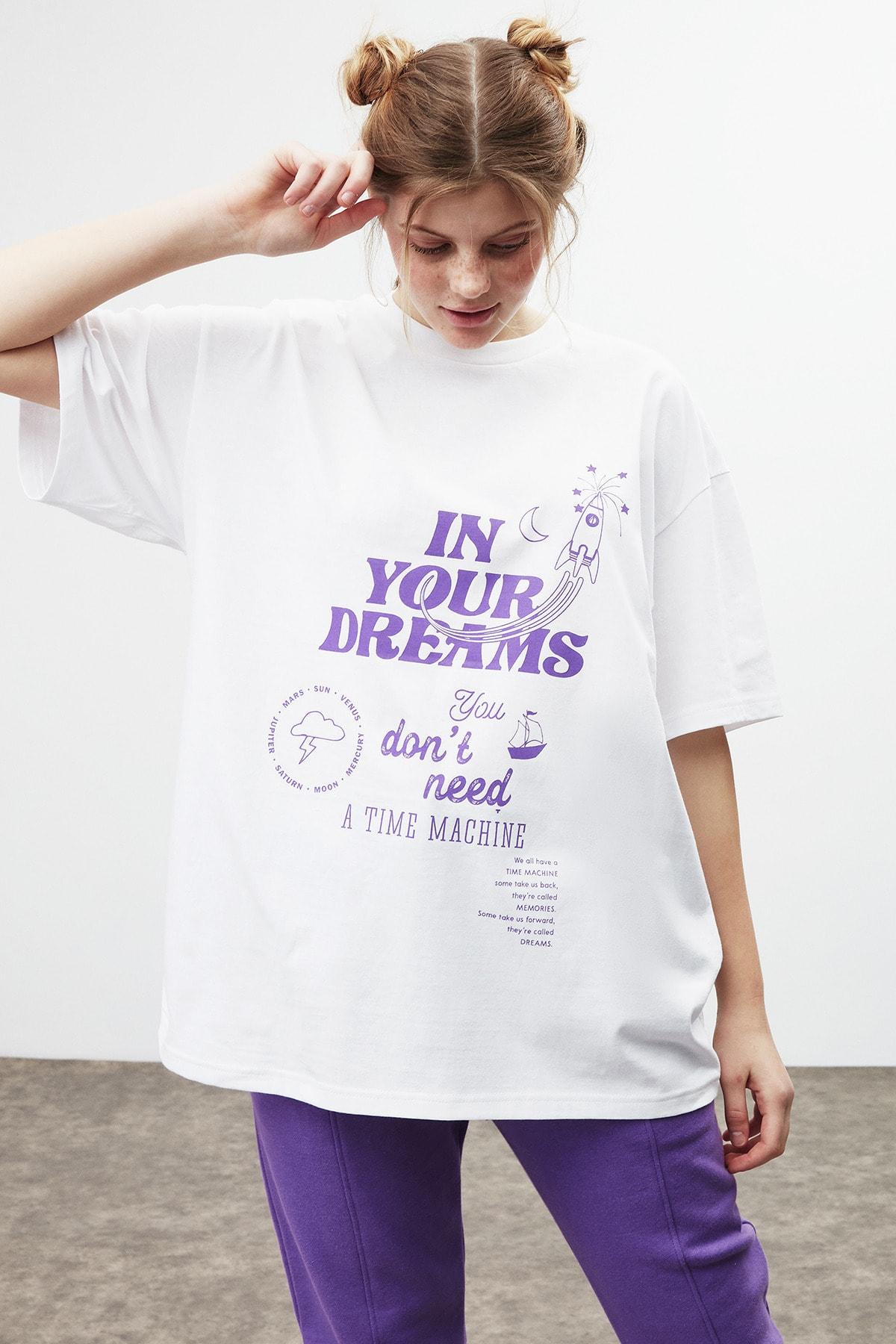 DREAM Kadın Beyaz Mor Baskılı Oversize T-shirt