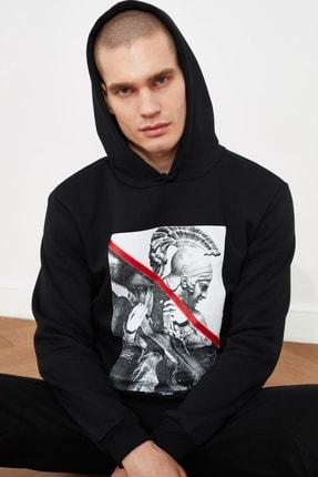 TRENDYOL MAN Siyah Erkek Baskılı Sweatshirt TMNAW21SW0979 1